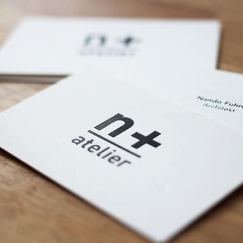 Visitenkarten mit schwarzer Heißfolienprägung auf Metapaper exrarough 430g/qm
