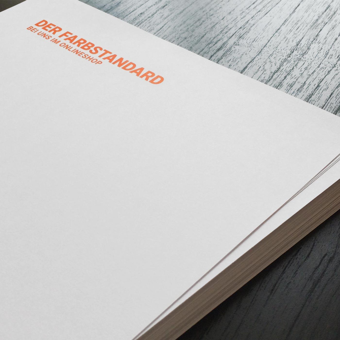 Briefpapiere mit Sonderfarbe Pantone HKS
