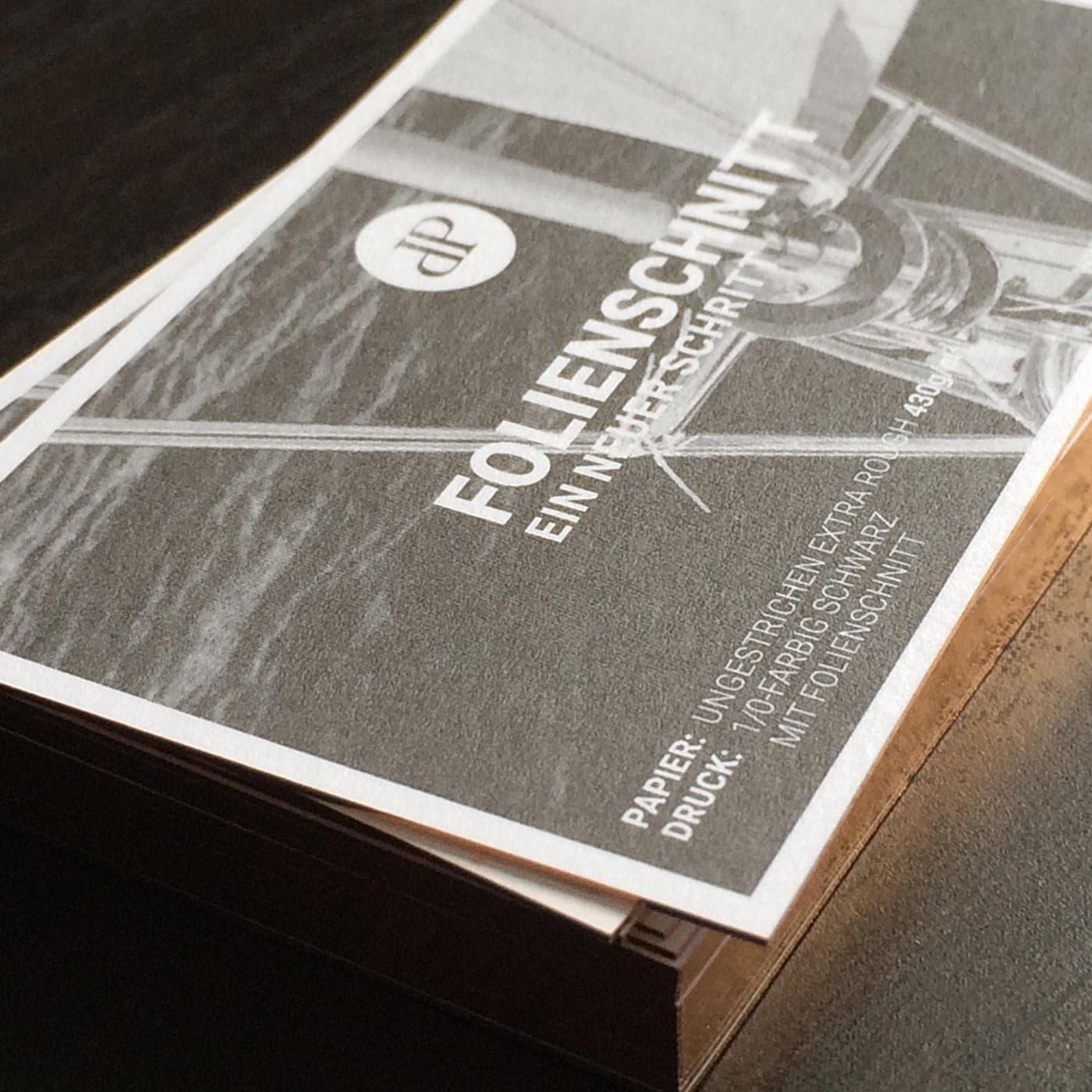 Visitenkarten mit Folienschnitt champagner metallic