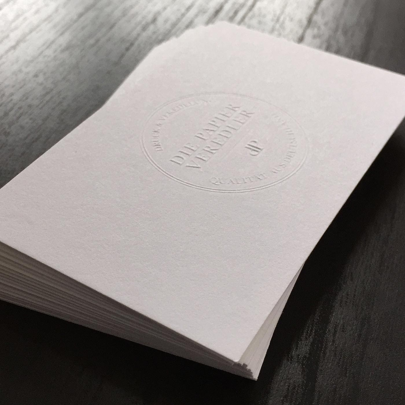 Visitenkarten mit Blindprägung unbedruckt