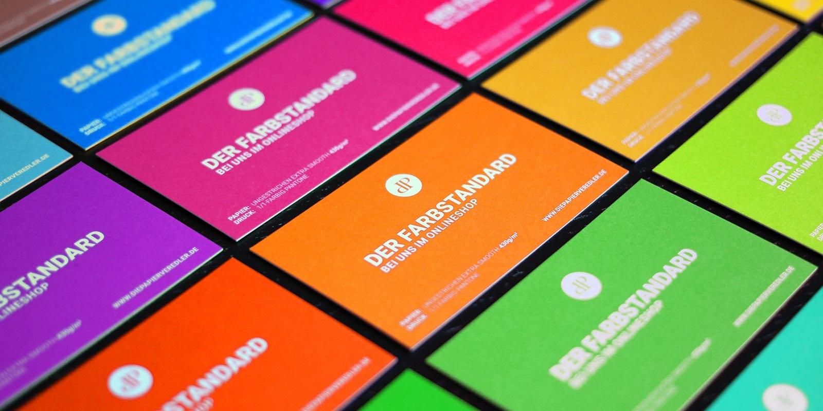 Visitenkarten in Pantone bedruckt auf Metapaper