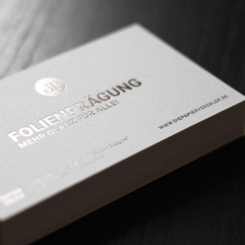 Exklusive Visitenkarten mit Folienprägung graphit silber