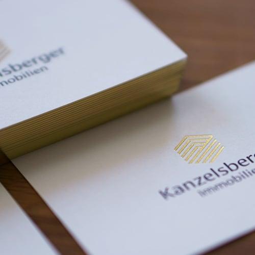 Visitenkarten mit Heißfolienprägung gold druck schwarz