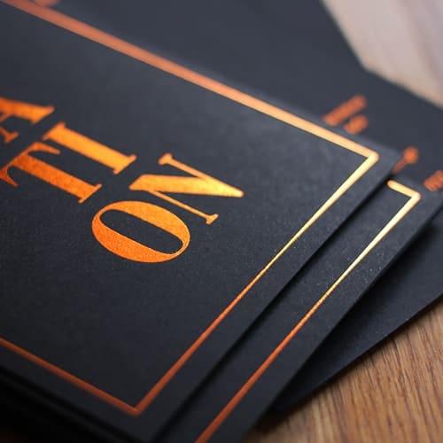 schwarze Karten mit Folie kupfer