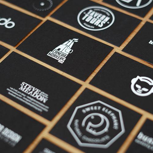 Visitenkarten Mit Schwarzem Karton Die Papierveredler